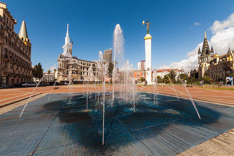 תמונה 2 - כיכר אירופה בעיר בטומי, גיאורגיה